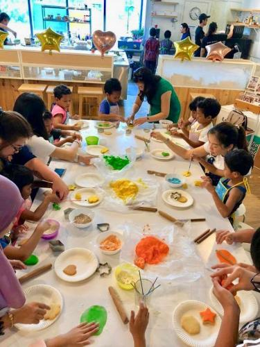 Charity Cookies Baking at The Buttercake Factory with Orang Asli Kids-21.10 (1)