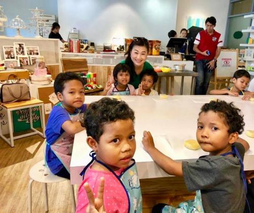 Charity Cookies Baking at The Buttercake Factory with Orang Asli Kids-21.10 (19)